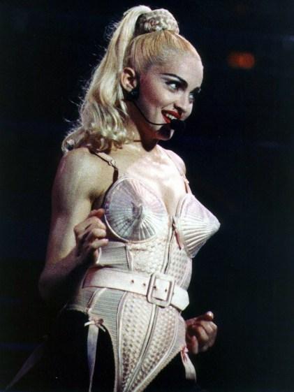 le-corset-de-jean-paul-gaultier