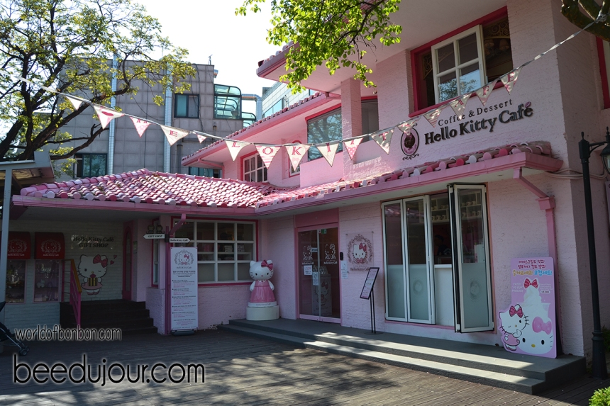 hello kitty cafe new hongdae