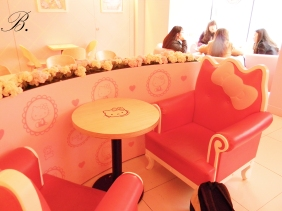 Hello Kitty Cafe hongdae 1