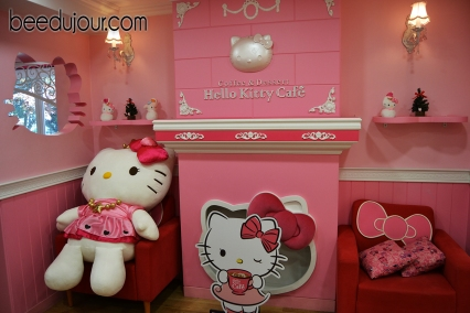 hello kitty cafe hongdae 3