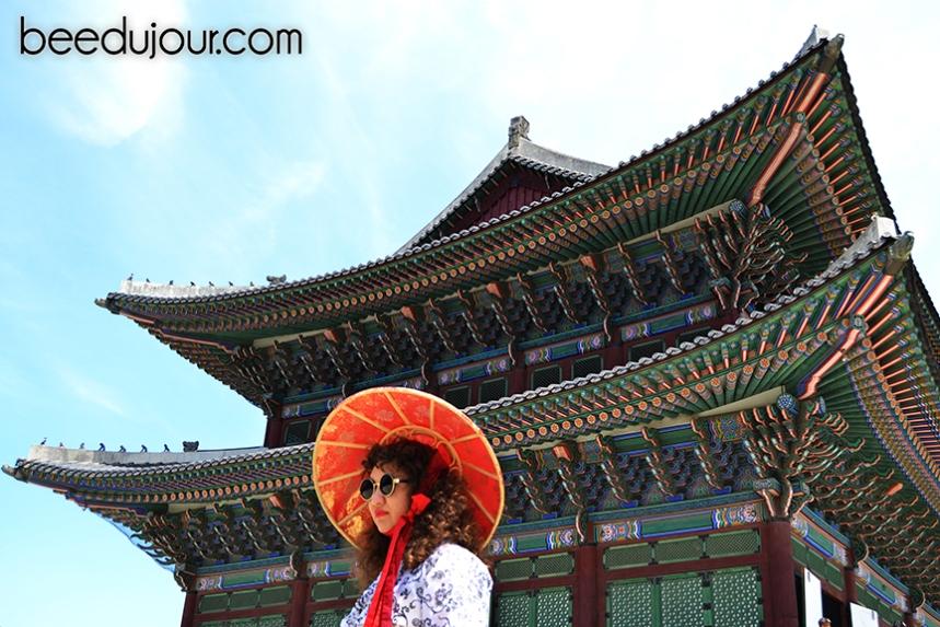 korean hanbok geyongbokgung roof