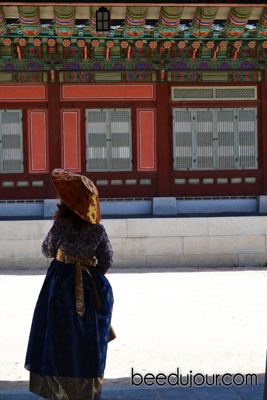 korean hanbok gyeongbokgung palace