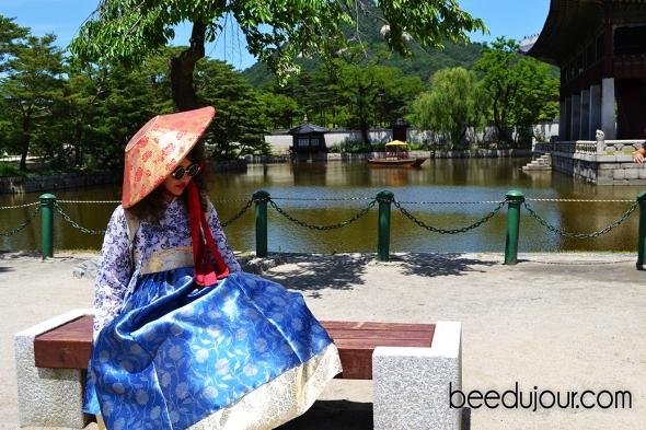 korean hanbok gyeongbokgung seoul