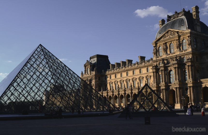 louvre museum and pyramids