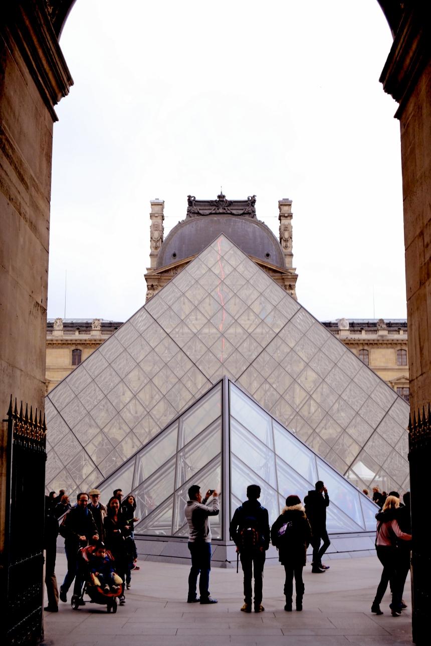 Louvre museum pyramids
