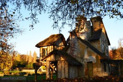 versailles petit hameau cottage