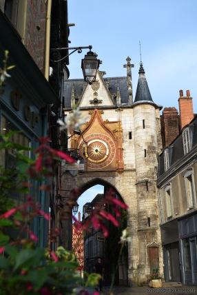 auxerre ancient clock