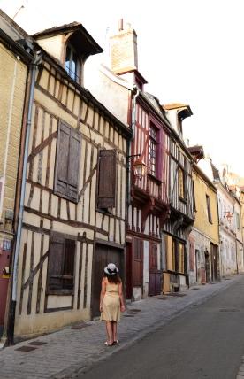 auxerre buildings
