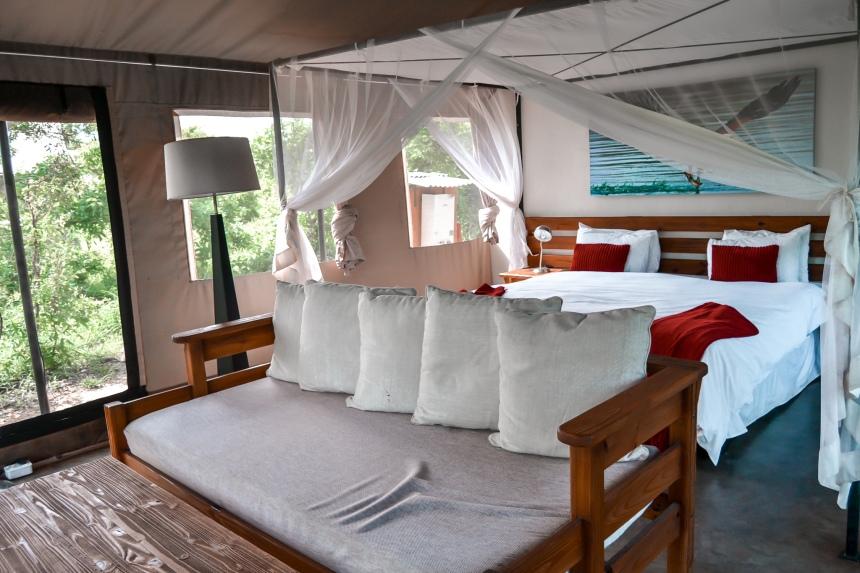 honey guide khoka moya tented camp bedroom